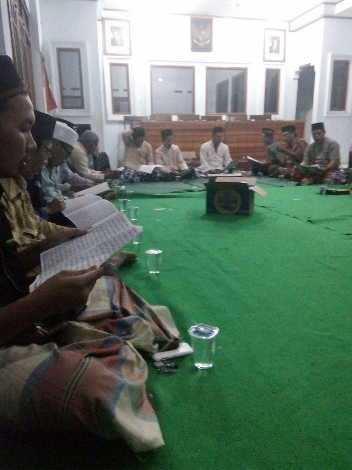 Warga Desa Kaliprau Sambut HUT Kabupaten Pemalang Ke 443 Dengan Membaca Al Qur'an 30 Juz